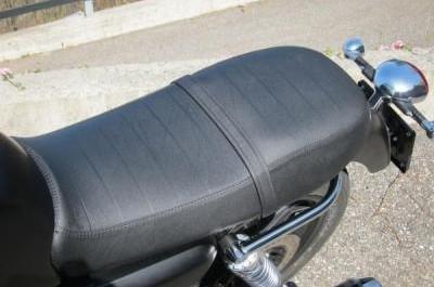 Moto Guzzi V7 Stone : pierre qui roule, plaisir qui mousse