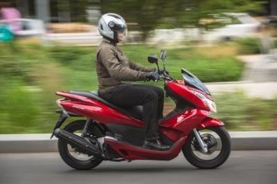 Un PCX 2012 encore plus économique !