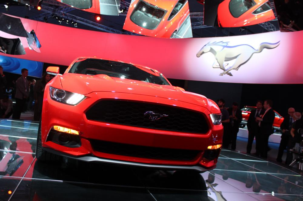 albums photos ford mustang coup 2014. Black Bedroom Furniture Sets. Home Design Ideas