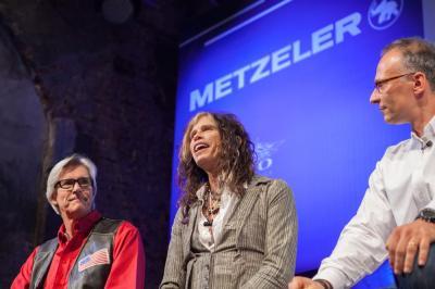 Metzeler 2014 - Un ultra sportif routier et un classic/custom ultra chic !