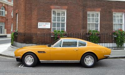 "Aston Martin DBS ""The Persuaders!"""