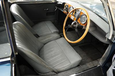 Aston Martin DB2/4 MkII Fixed-head Coupé