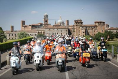 Vespa World Days 2014 : plus de 10 000 guêpes réunies !