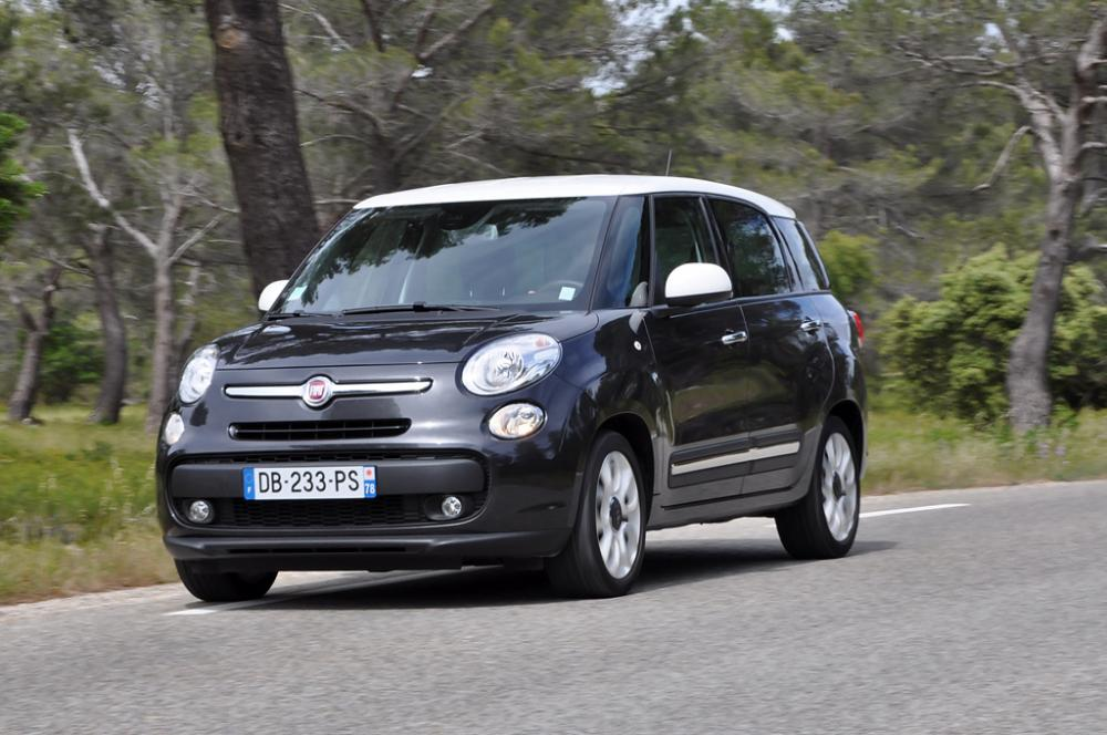 albums photos essai fiat 500l living 1 4 multijet 2 120 lounge. Black Bedroom Furniture Sets. Home Design Ideas