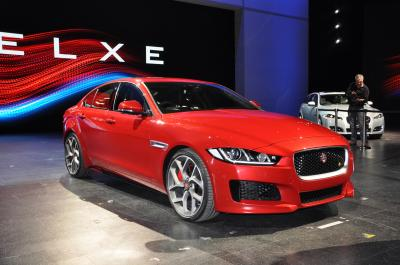 Jaguar XE (Officiel - 2014)