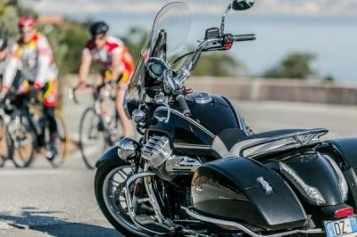 Essai Moto Guzzi California 1400 - L'Amérique sans réserve...
