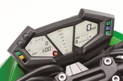 Essai Kawasaki Z800 - Evolution majeure de Z750R !