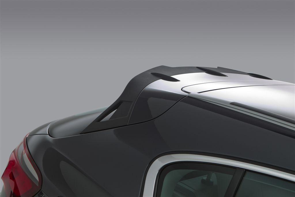Qoros 3 Cros Hybrid Concept