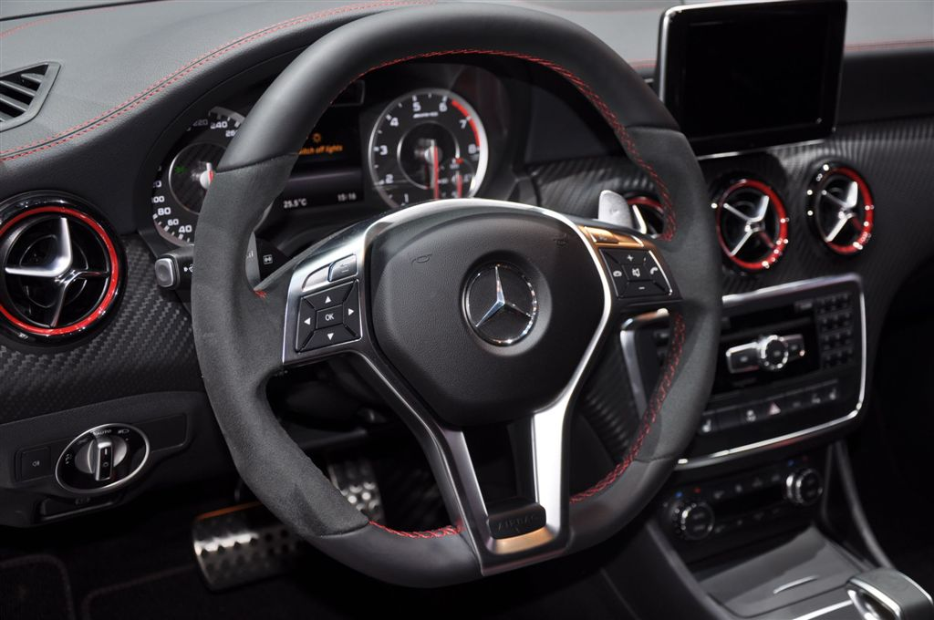 albums photos mercedes a 45 amg edition 1. Black Bedroom Furniture Sets. Home Design Ideas