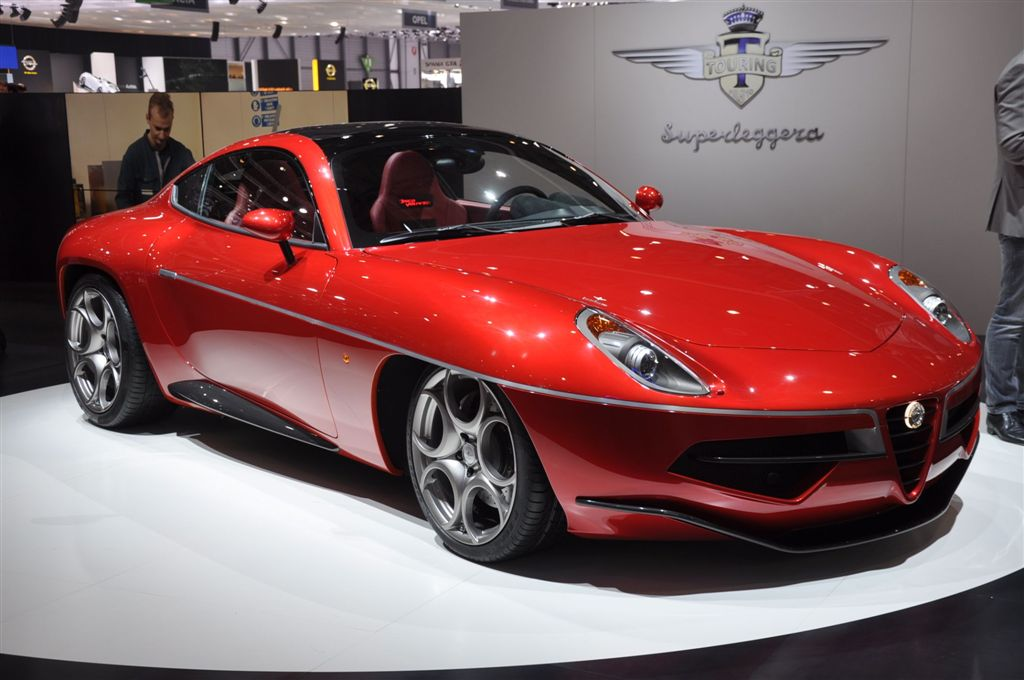 Superleggera Touring Disco Volante