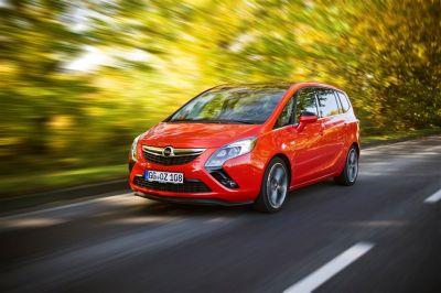 Opel Zafira Tourer CDTI BiTurbo 195