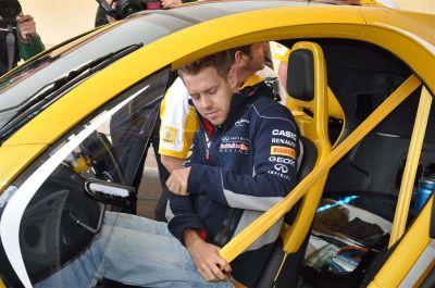 Sebastian Vettel au volant du Twizy F1