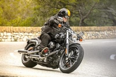 H-D Softail BREAKOUT 2013, Drag Queen ... Torride !