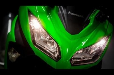 Kawasaki Ninja 300, la ZX-3 R !