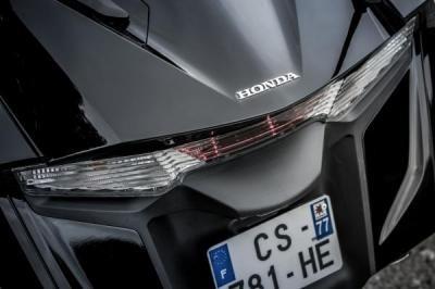 Essai Honda 1800 Goldwing F6B