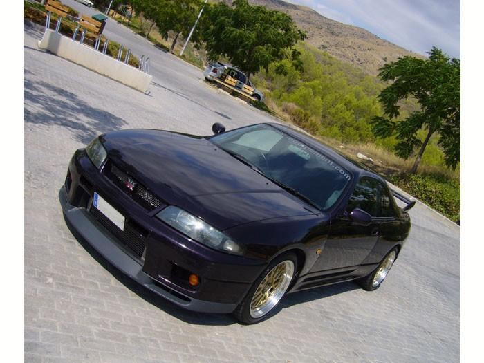 Nissan Skyline car-equipement.com