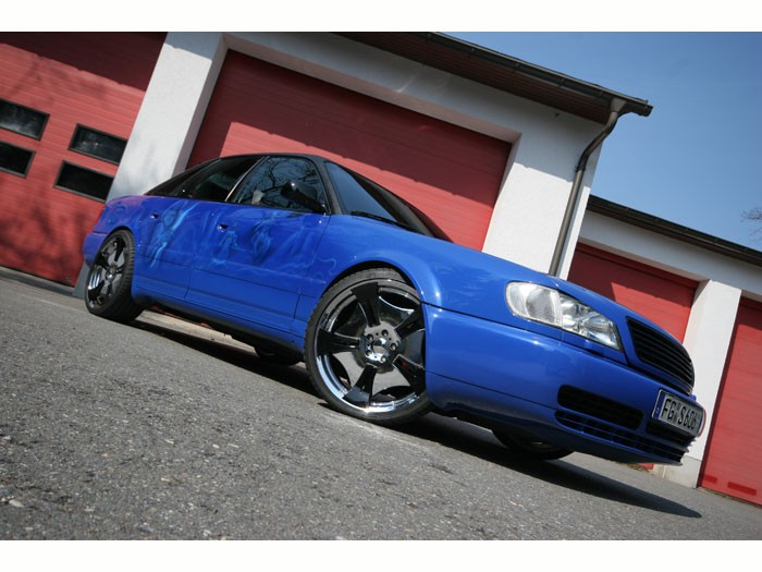 Audi S6 Rockford Fosgate
