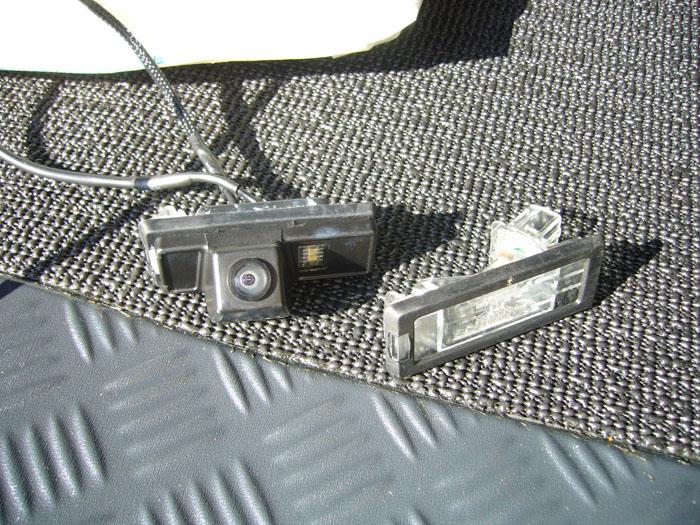 albums photos int gration d 39 une cam ra de recul sur un duster. Black Bedroom Furniture Sets. Home Design Ideas