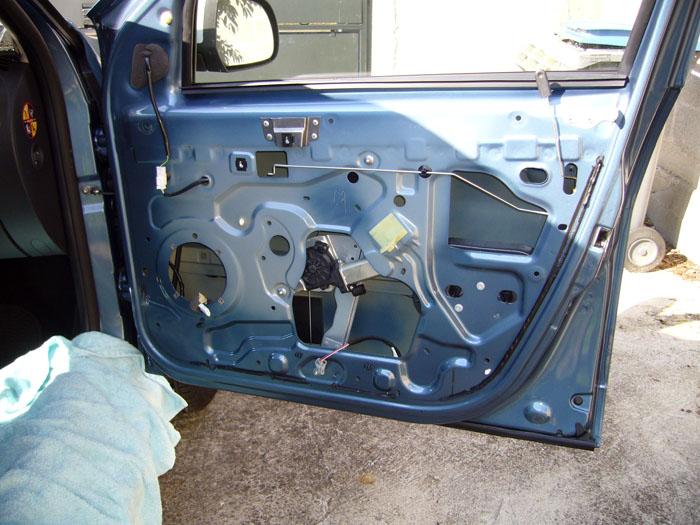 Intégration d'un kit éclaté sur un Dacia Duster