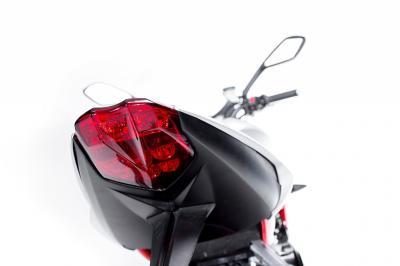 Nouveauté 2015 - Intermot - Triumph Street Triple RX