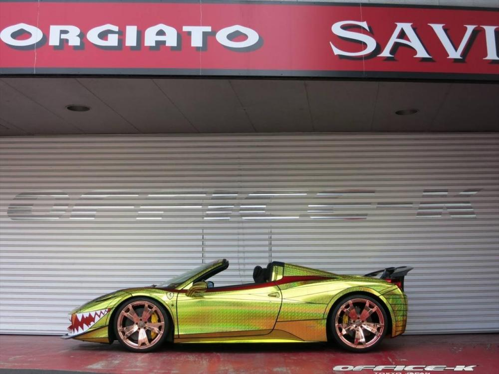 Office-K Ferrari 458 Spider Golden Shark