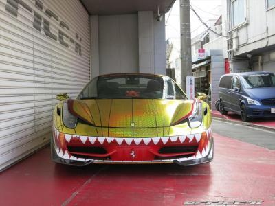 Office-K Ferrari 458 Spider Golden Shark