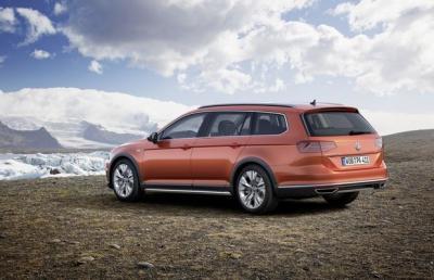 Volkswagen Passat Alltrack (officiel)