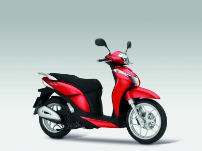 Nouvelles couleurs pour les Honda 2015. 16 modèles passent à la peinture !