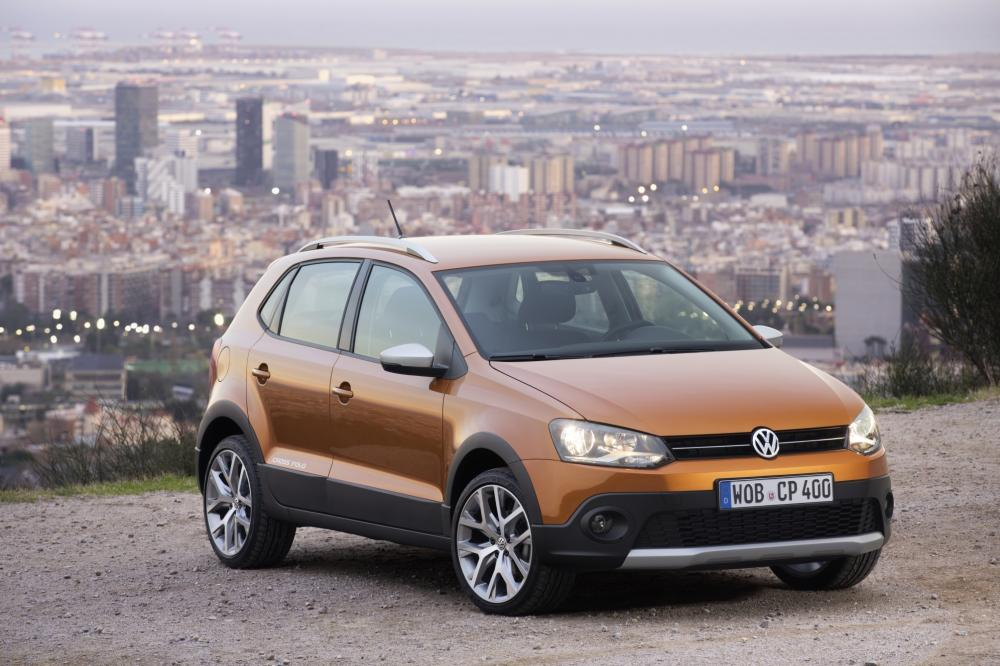 Volkswagen Cross Polo (2015)