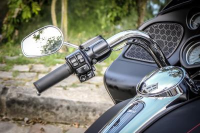 Essai Harley-davidson Road Glide Spécial