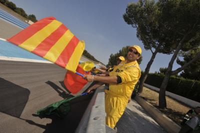 Devenez commissaire de piste pour le Bol d'Or 2015, au Paul Ricard
