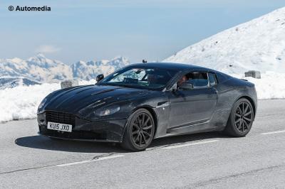 Aston Martin DB 11 2017