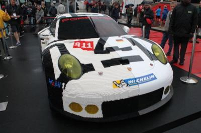 Une Porsche 911 en Lego