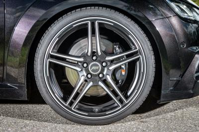 ABT Audi TT-S 2015 (officiel)
