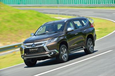 Mitsubishi Pajero Sport 2016 (officiel)