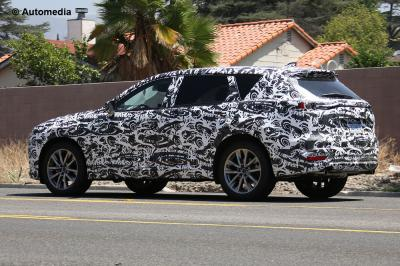Spyshots Mazda CX-9 (août 2015)
