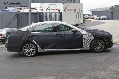 Hyundai Genesis restylée (août 2015)