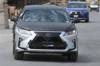 Lexus TX (août 2015)