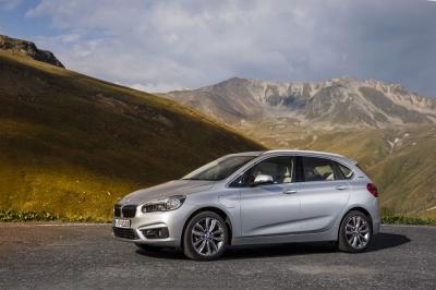 BMW 225xe 2016 (officiel)