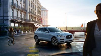 Jaguar F-Pace (officiel)