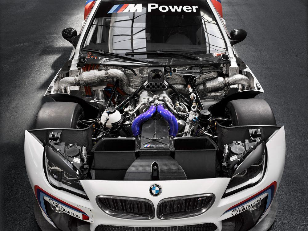BMW M6 GT3 (officiel)
