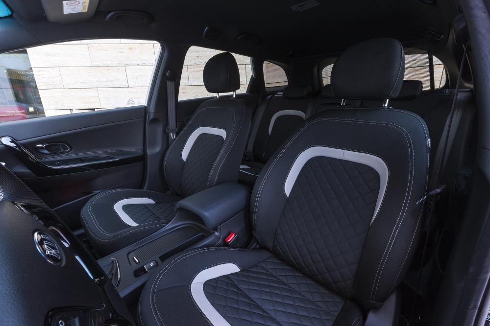 albums photos kia cee 39 d gt line 2015 essai. Black Bedroom Furniture Sets. Home Design Ideas
