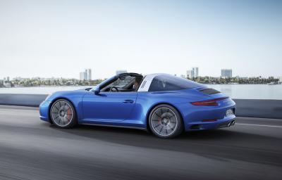 Porsche 911 Carrera 4 et Targa 4 2016