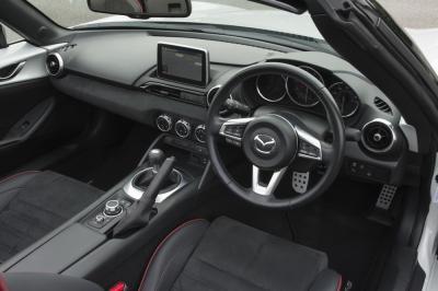 Mazda MX-5 Sport Recaro (2016)