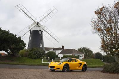 Lotus Elise Sport et Elise Sport 220