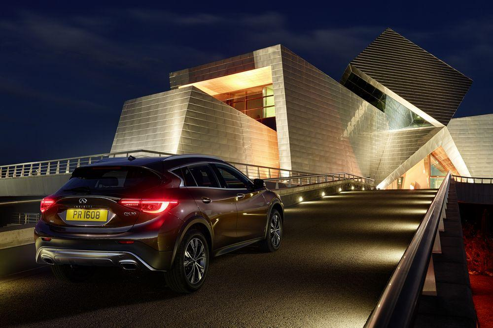 Infiniti QX30 (officiel)