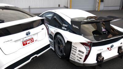 Toyota Prius GT300 2016