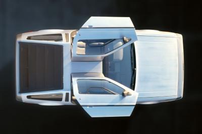 DMC DeLorean DMC-12