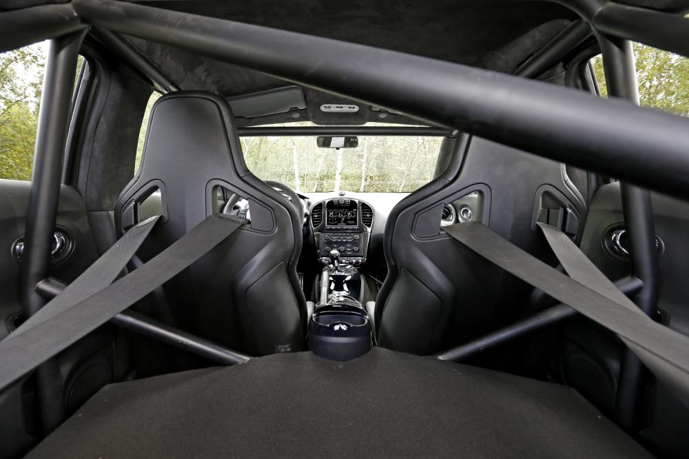 Nissan Juke R 2.0 (essai)