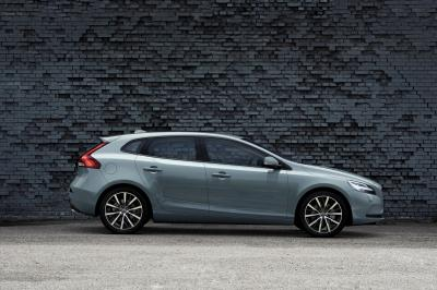 Volvo V40 2016 (officiel)